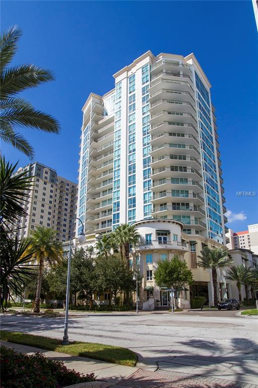 450 Knights Run Avenue #1102, Tampa, FL 33602 (MLS #T3138988) :: The Duncan Duo Team