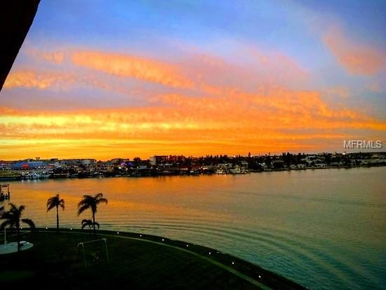 1 Key Capri 507E, Treasure Island, FL 33706 (MLS #T3157906) :: Lockhart & Walseth Team, Realtors