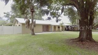 6117 Adamsville Road, Gibsonton, FL 33534 (MLS #T3182660) :: Griffin Group