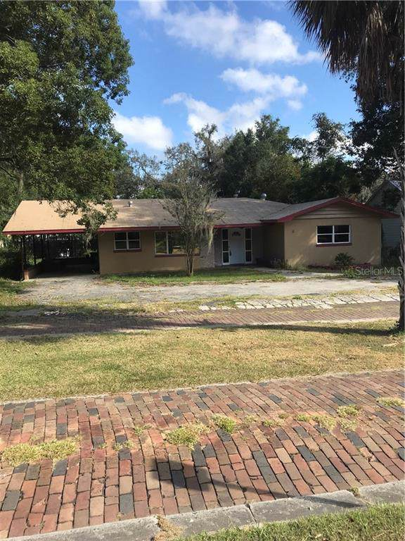 37933 Howard Avenue, Dade City, FL 33525 (MLS #T3198853) :: Sarasota Home Specialists