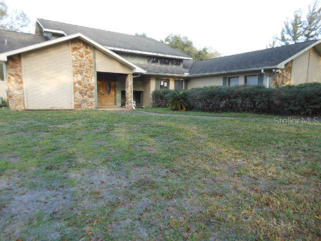 4015 Cardinal Court, Land O Lakes, FL 34639 (MLS #T3219885) :: The Duncan Duo Team