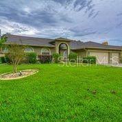 3970 Appletree Drive, Valrico, FL 33594 (MLS #T3246472) :: The Figueroa Team