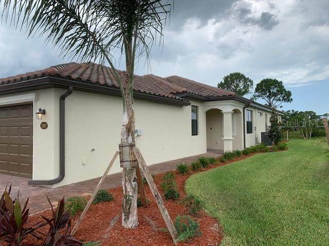 12241 Amica Loop, Venice, FL 34293 (MLS #T3252751) :: Premium Properties Real Estate Services