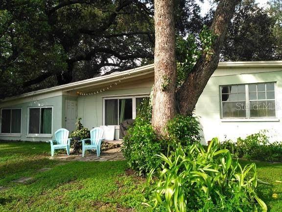 2112 W Hiawatha Street, Tampa, FL 33604 (MLS #T3265666) :: Team Bohannon Keller Williams, Tampa Properties