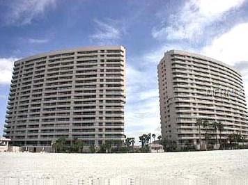 1340 N Gulf Boulevard 15E, Clearwater Beach, FL 33767 (MLS #U7834967) :: The Duncan Duo Team