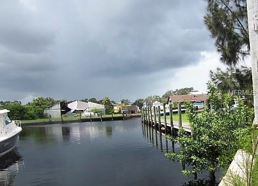 827 Roosevelt Boulevard S327, Tarpon Springs, FL 34689 (MLS #U8016138) :: RealTeam Realty