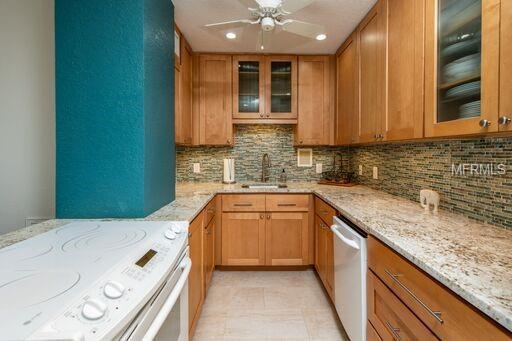 880 Mandalay Avenue S805, Clearwater Beach, FL 33767 (MLS #U8029066) :: Lovitch Realty Group, LLC