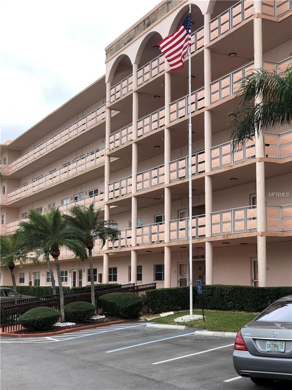 5623 80TH Street N #204, St Petersburg, FL 33709 (MLS #U8030340) :: KELLER WILLIAMS CLASSIC VI