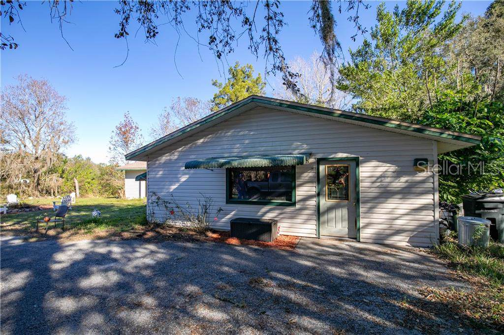 9771 Lakeview Drive - Photo 1