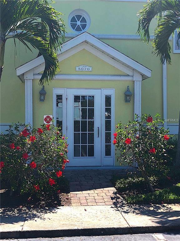 5070 Beach Drive SE C, St Petersburg, FL 33705 (MLS #U8042255) :: Cartwright Realty