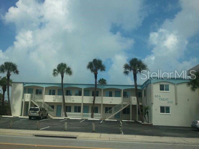 2110 Gulf Boulevard #9, Indian Rocks Beach, FL 33785 (MLS #U8043407) :: Charles Rutenberg Realty