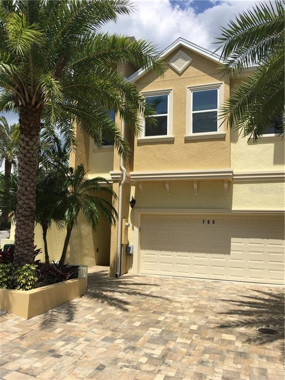 765 Grand Cypress Lane, Tarpon Springs, FL 34689 (MLS #U8050697) :: Delgado Home Team at Keller Williams