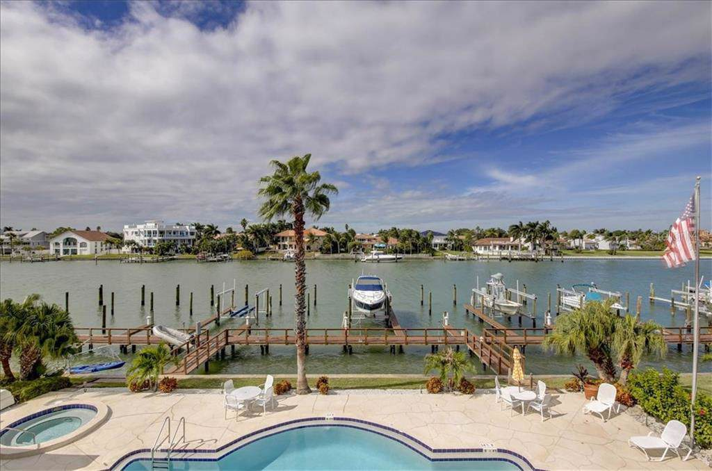 544 Pinellas Bayway - Photo 1