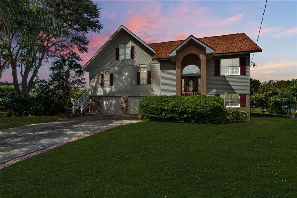 142 Carlyle Drive - Photo 1