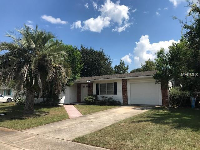 2051 Jefferson Avenue, Deltona, FL 32738 (MLS #V4902743) :: The Price Group