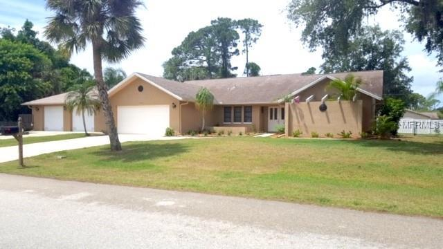 18490 Hottelet Circle, Port Charlotte, FL 33948 (MLS #V4906850) :: Delgado Home Team at Keller Williams