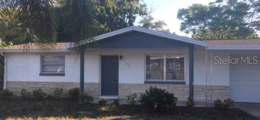7210 Country Club Drive, Hudson, FL 34667 (MLS #W7816901) :: Lock & Key Realty