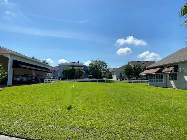 1043 Motorcoach Drive, Polk City, FL 33868 (MLS #W7823564) :: Lockhart & Walseth Team, Realtors