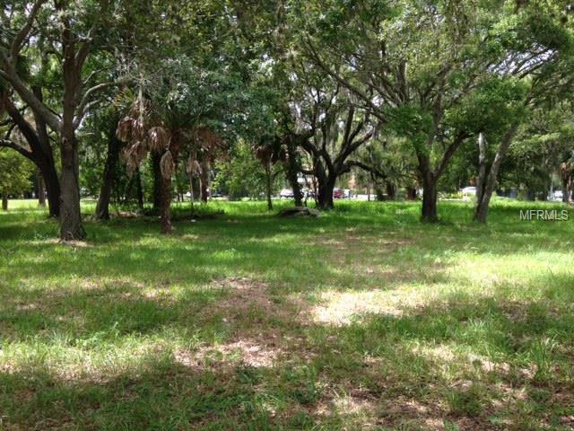 920 University Parkway, Sarasota, FL 34234 (MLS #A4103546) :: The Duncan Duo Team