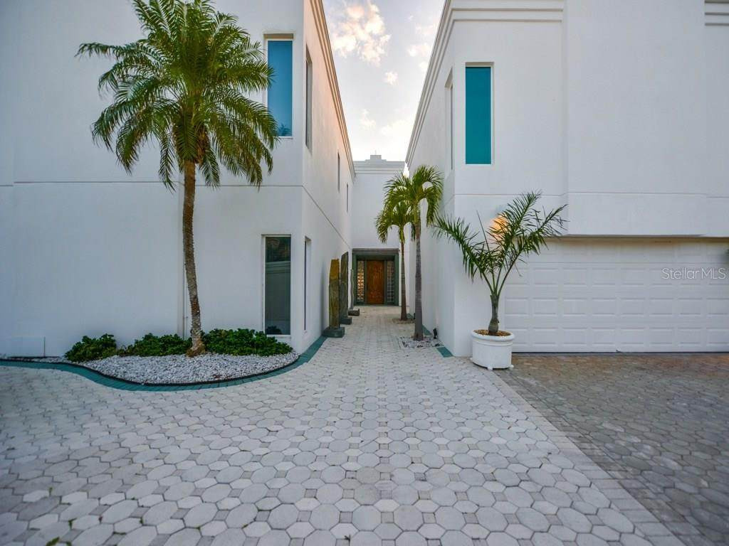 411 Casey Key Road - Photo 1