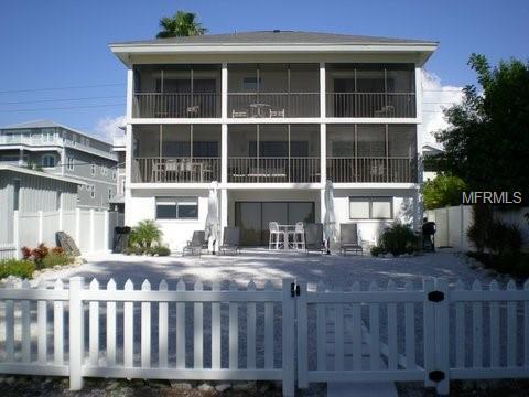 556 Beach Road, Sarasota, FL 34242 (MLS #A4428609) :: The Duncan Duo Team