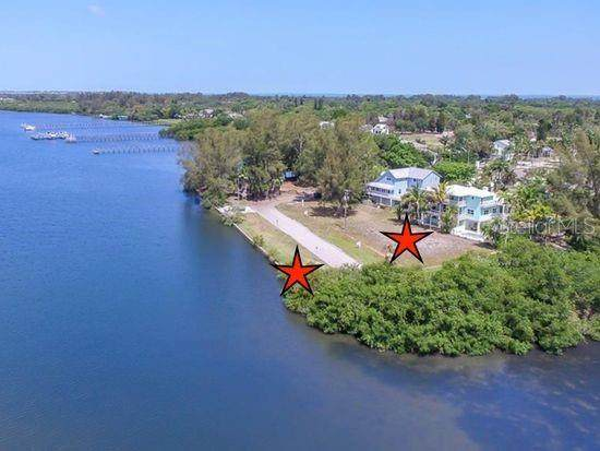 410 83RD Street NW, Bradenton, FL 34209 (MLS #A4456916) :: Bustamante Real Estate