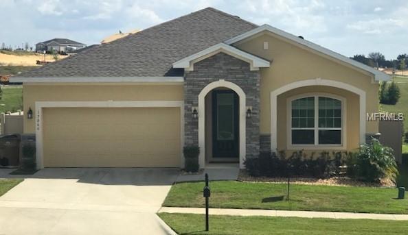 17066 Gathering Place Circle, Clermont, FL 34711 (MLS #G5012326) :: Dalton Wade Real Estate Group