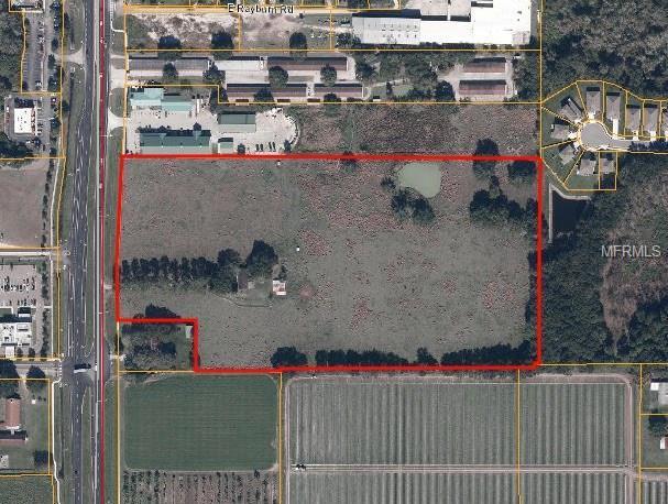 3018 James L Redman Parkway, Plant City, FL 33566 (MLS #T2840788) :: The Duncan Duo Team