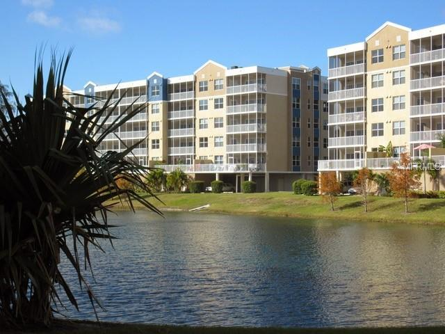 960 Starkey Road #1503, Largo, FL 33771 (MLS #U7849360) :: The Duncan Duo Team
