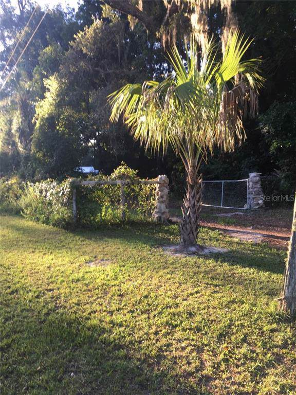 11651 NW 78TH Terrace, Chiefland, FL 32626 (MLS #U8055337) :: Cartwright Realty