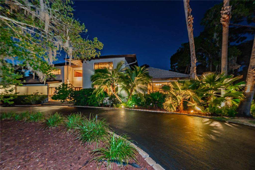 8751 Cranes Roost Drive - Photo 1