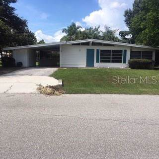 301 Pine Tree Road, Venice, FL 34293 (MLS #A4441450) :: EXIT King Realty