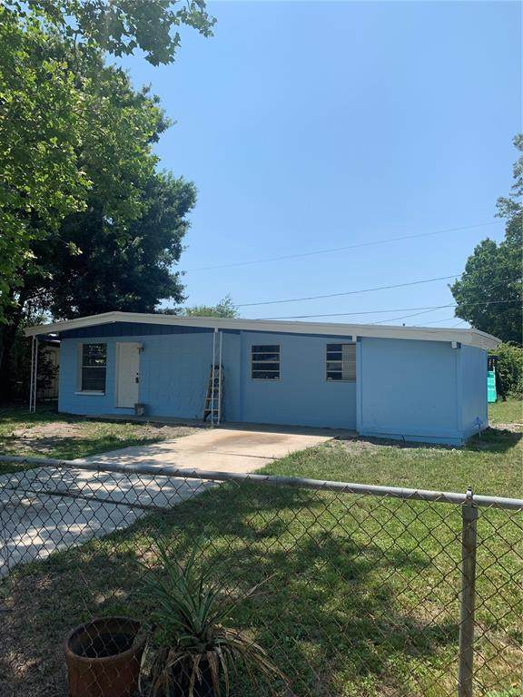 1323 Warrington Way, Tampa, FL 33619 (MLS #T3302361) :: The Hustle and Heart Group