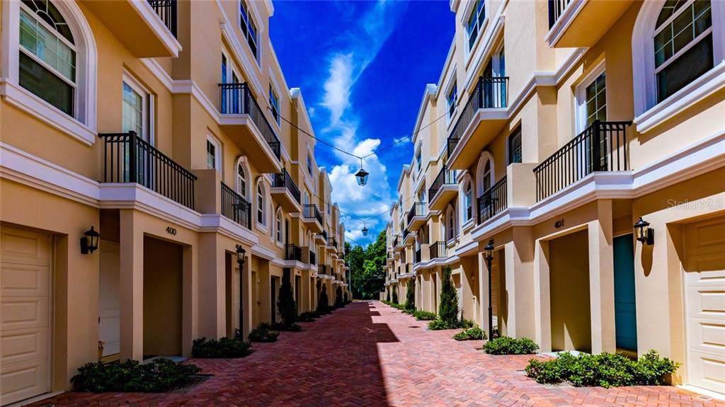 429 Regent Lane - Photo 1