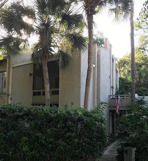 112 Fairway Drive 101B, Longwood, FL 32779 (MLS #W7837622) :: Zarghami Group