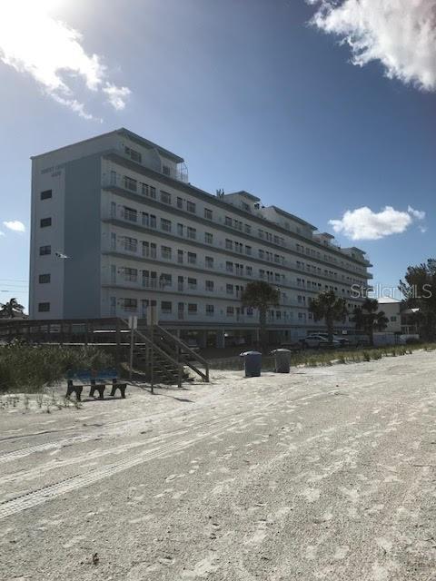 8470 W Gulf Boulevard #310, Treasure Island, FL 33706 (MLS #T3169999) :: Lockhart & Walseth Team, Realtors