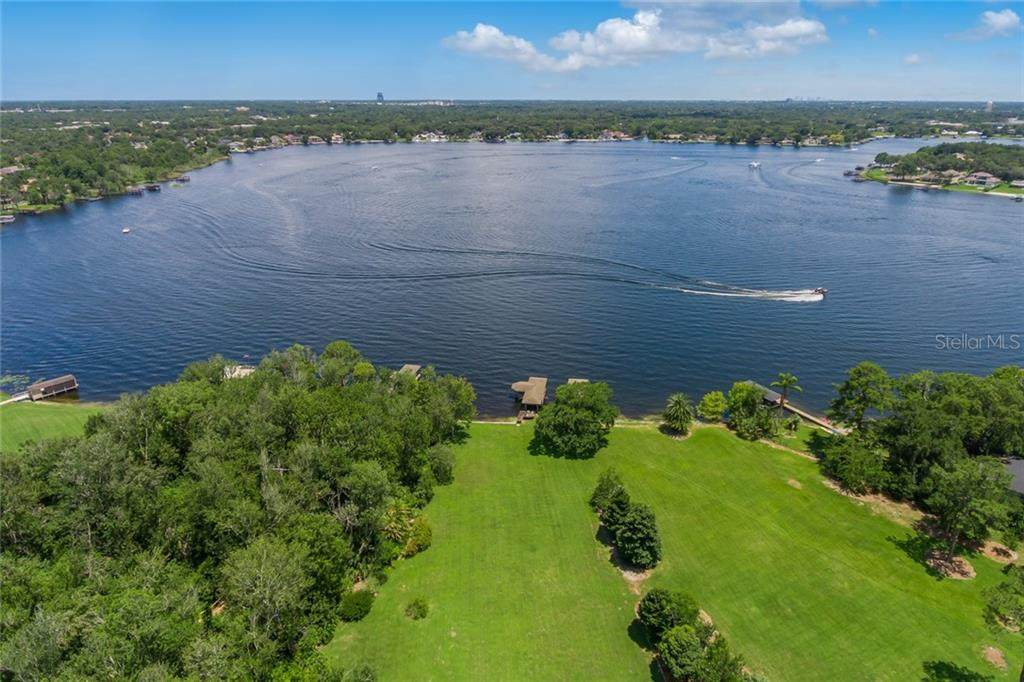 210 Green Lake Circle - Photo 1