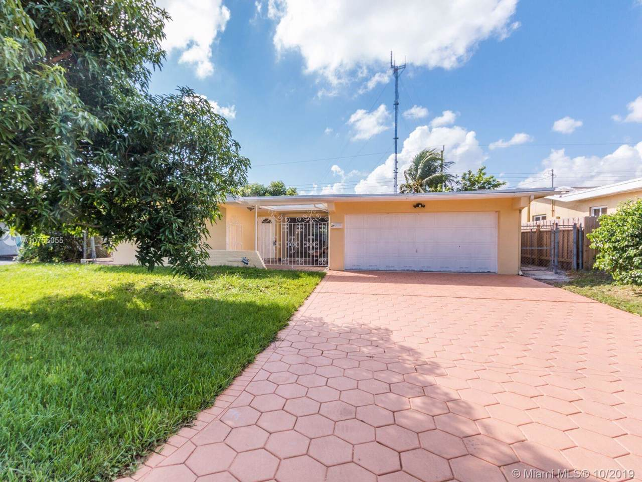 6744 Pansy Dr - Photo 1