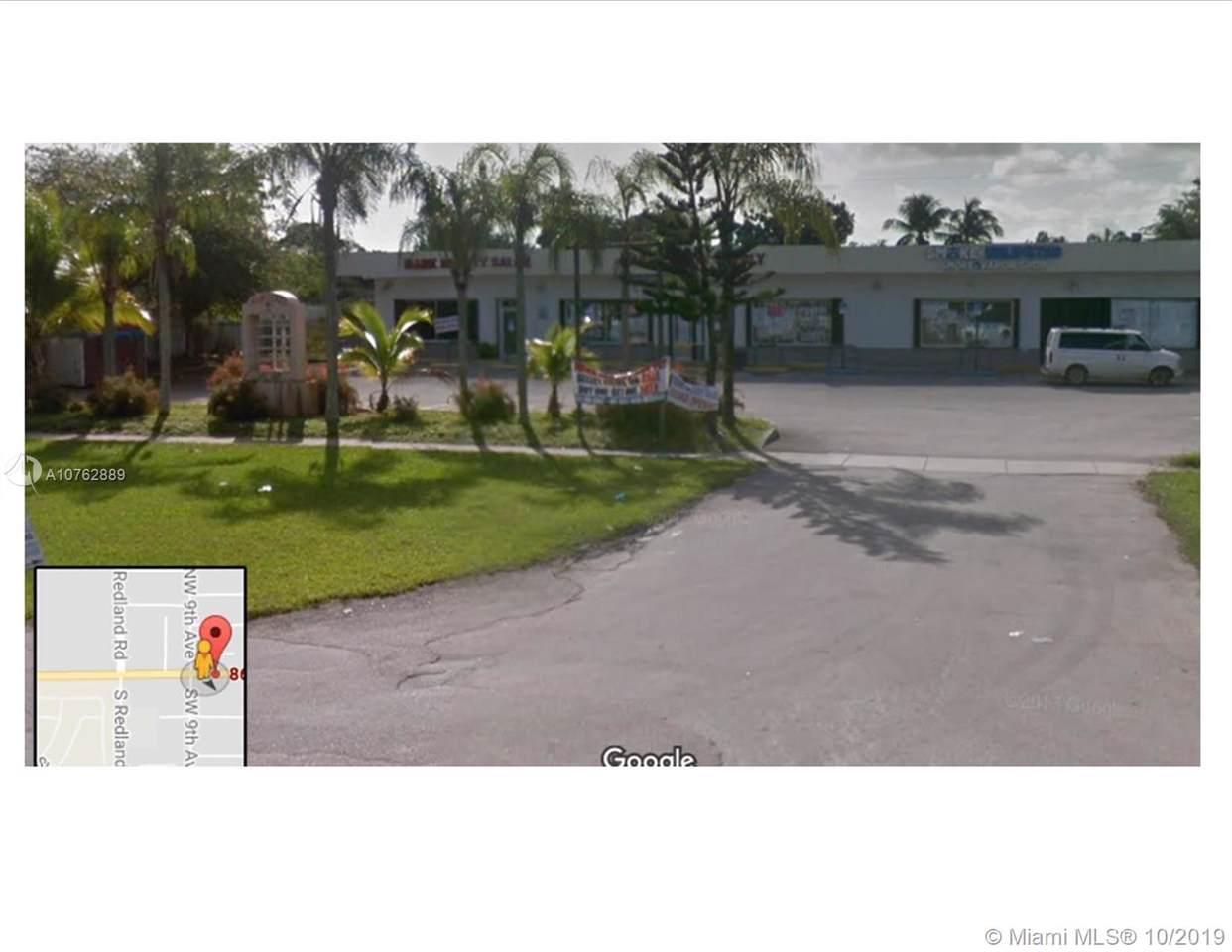 877 Palm Drive - Photo 1