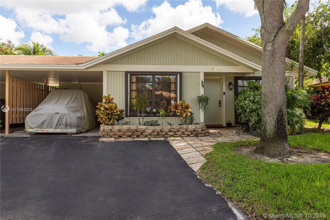 3642 Bell Dr - Photo 1