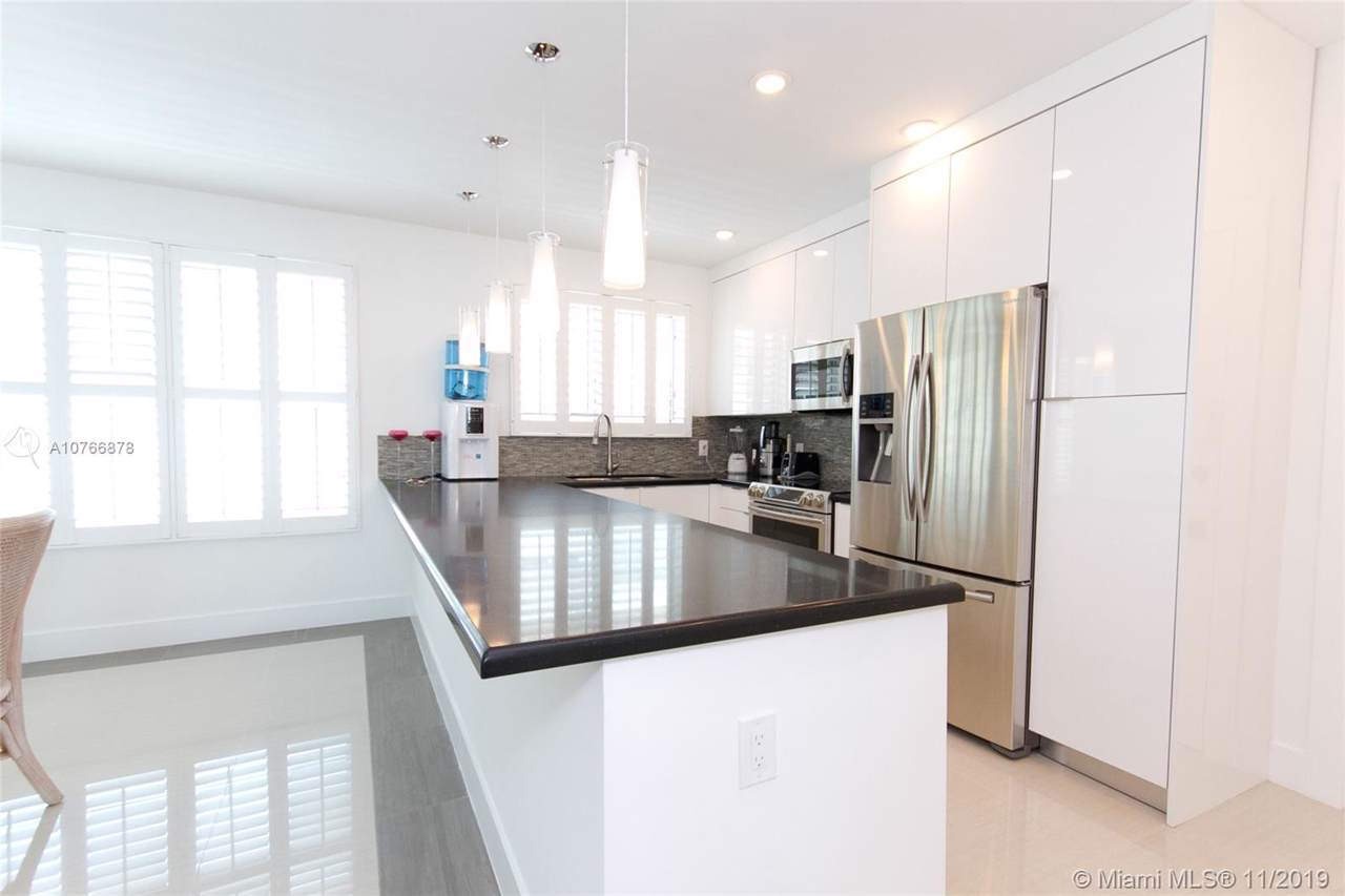 10178 Collins Ave - Photo 1