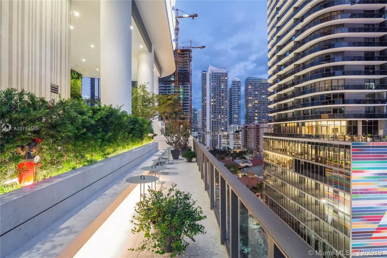 805 Miami - Photo 1