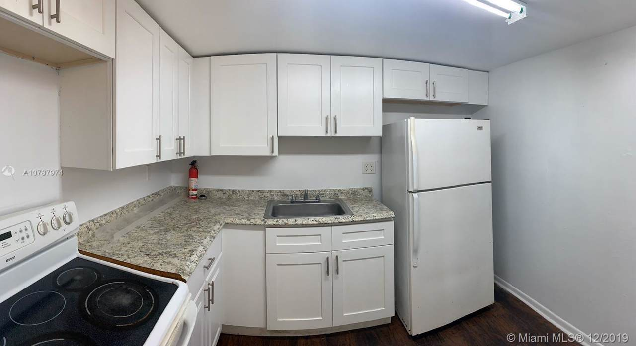 1752 55th Ave - Photo 1
