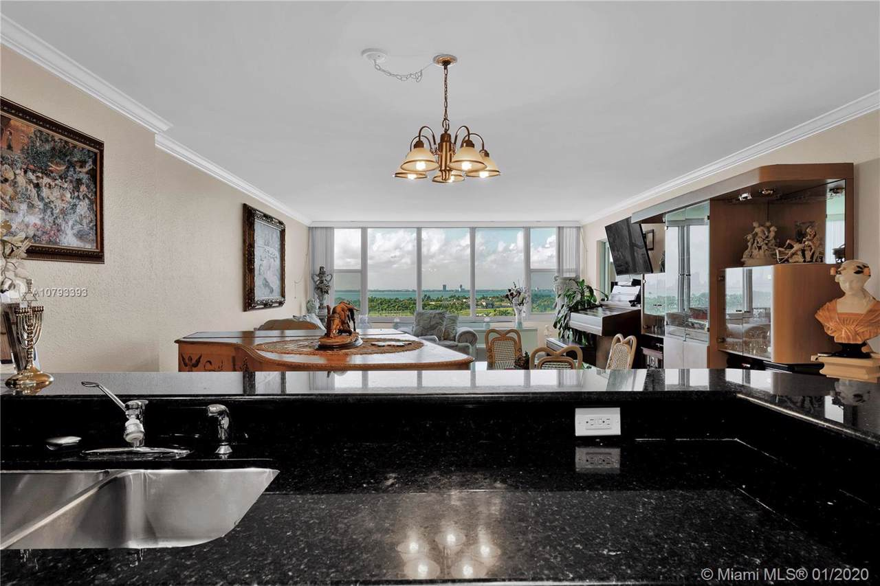 5600 Collins Ave - Photo 1