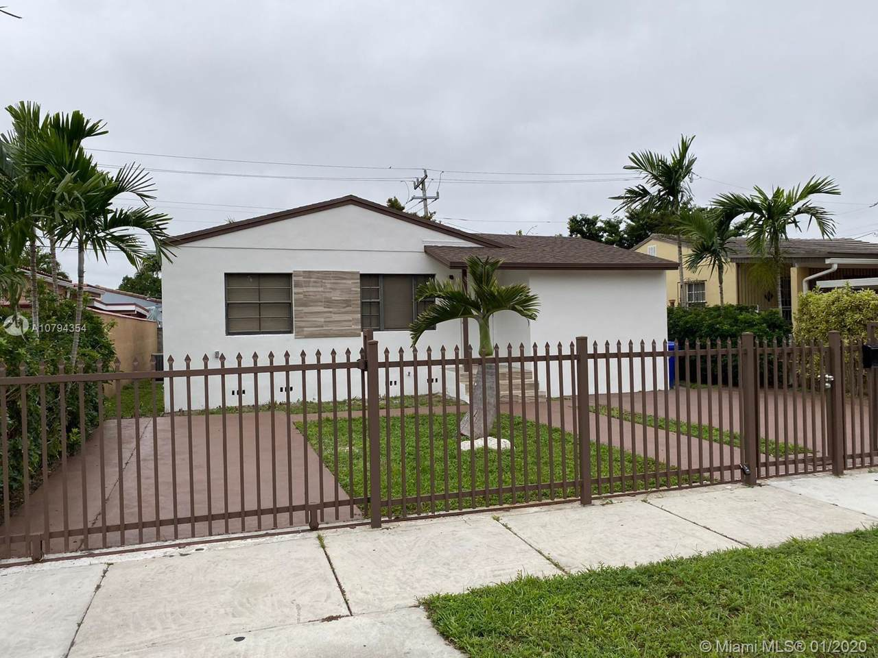 440 49th Ave - Photo 1
