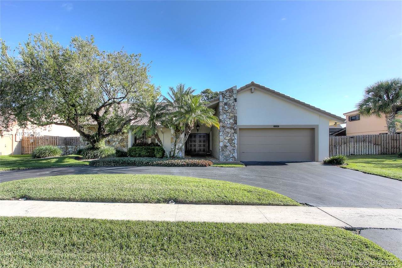 1150 NW 98th Ave - Photo 1