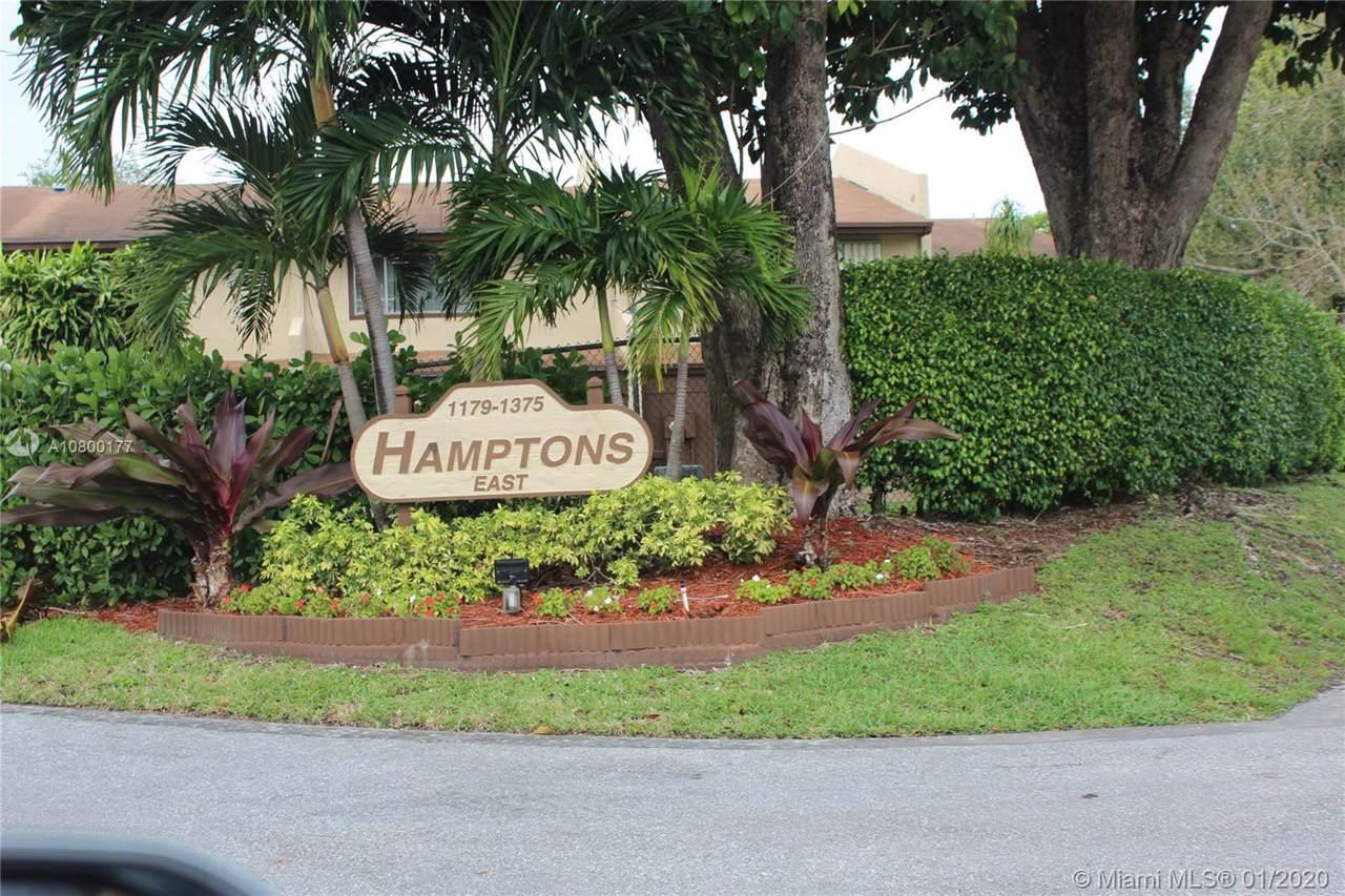 1315 Hampton Blvd - Photo 1