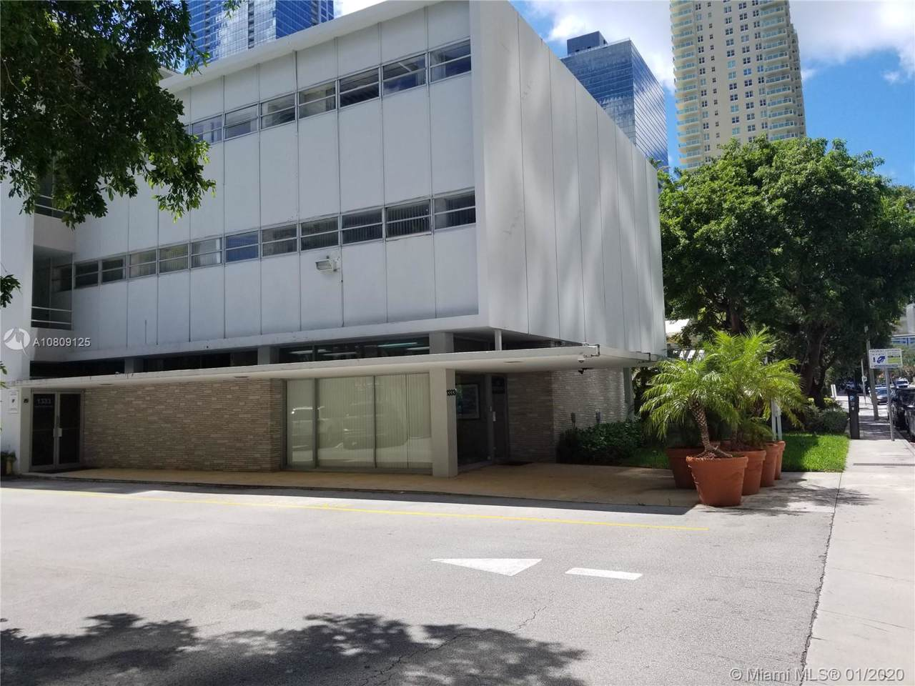 1333 Miami Avenue - Photo 1