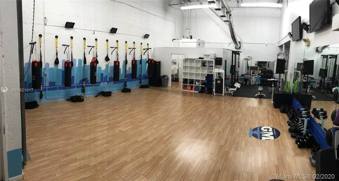 GYM - STUDIO - Fitness Center - Photo 1