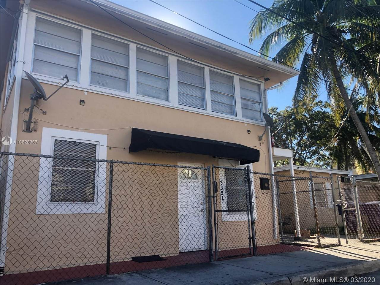 345 9th Ave - Photo 1